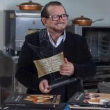 Parabéns, chef Luiz Farias pelo título de melhor patisserie do mundo.
