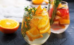 Bebidas refrescantes e criativas atraem clientes para padarias no verão